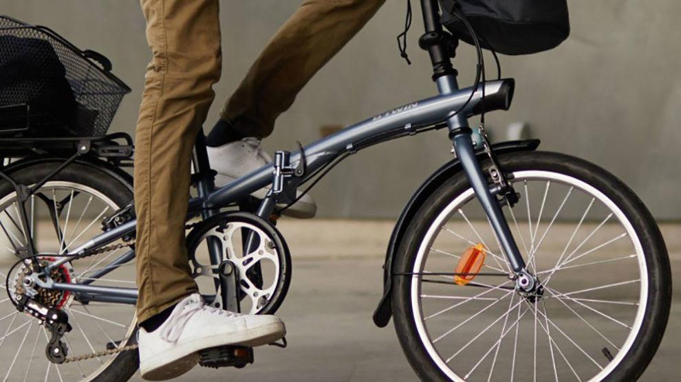 Vélos pliants et transports en commun : où sont-ils autorisés ?